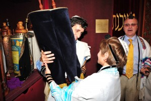 5 Tips for an Awesome Bar-Bat Mitzvah– From a Teen Who's Been There